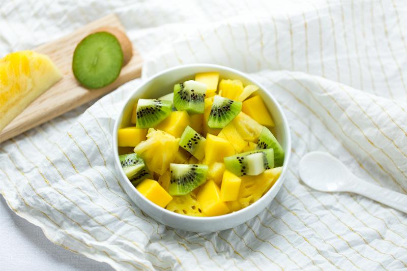 salade-de-fruit-mangue-ananas-kiwi