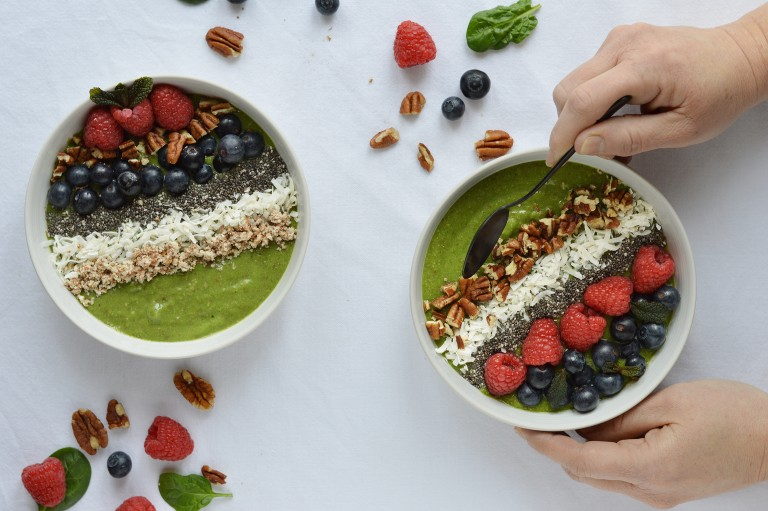 Green-smoothie-bowl-8-768x511