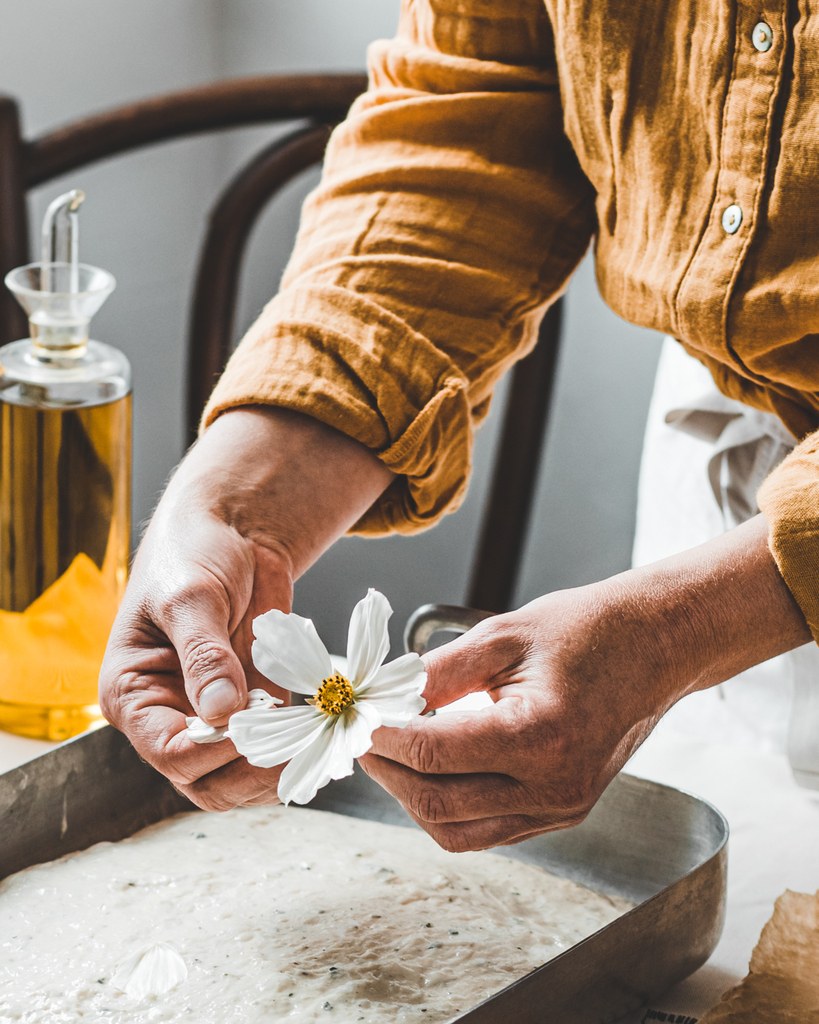 Décoration fleurie-Déposez les pétales de fleurs 2 -cosmo-